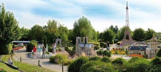Sortie : Près de 200 parcs d'attractions sont répertoriés en France